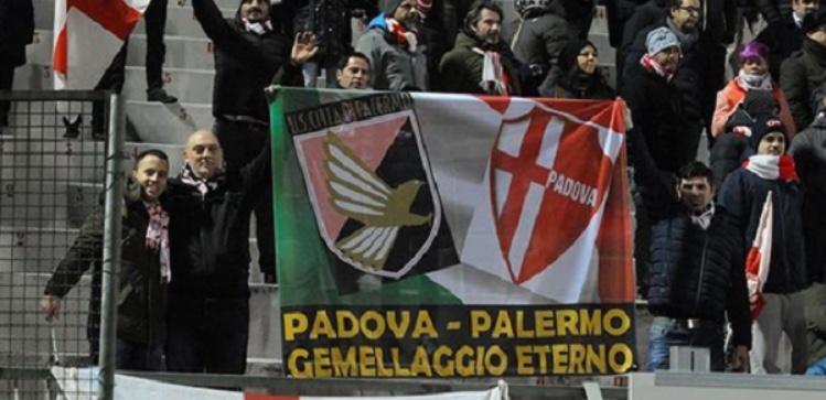 Grande presenza dei tifosi Rosanero a Padova. Venduti ..