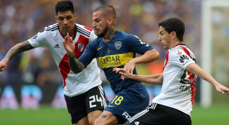 Il Verona sbanca Benevento, risorge il Livorno. Libertadores al River.