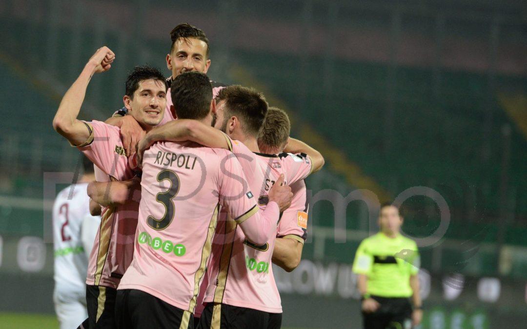 La Salernitana corsara a Palermo, prima sconfitta casalinga per il Palermo