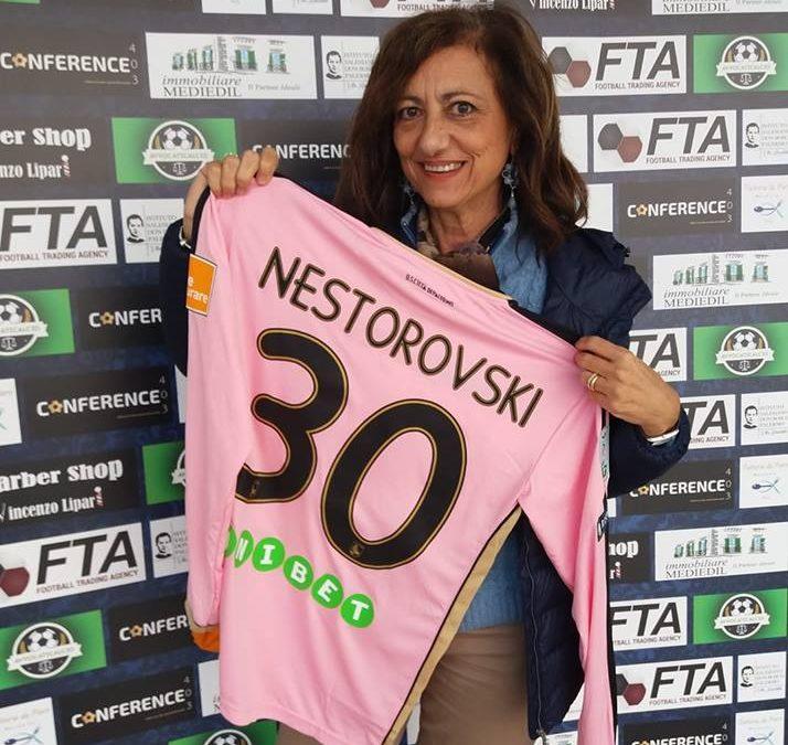 """Delia Romano: """"Amiche e Tifose Rosanero, passione, solidarietà ed amicizia vera"""""""