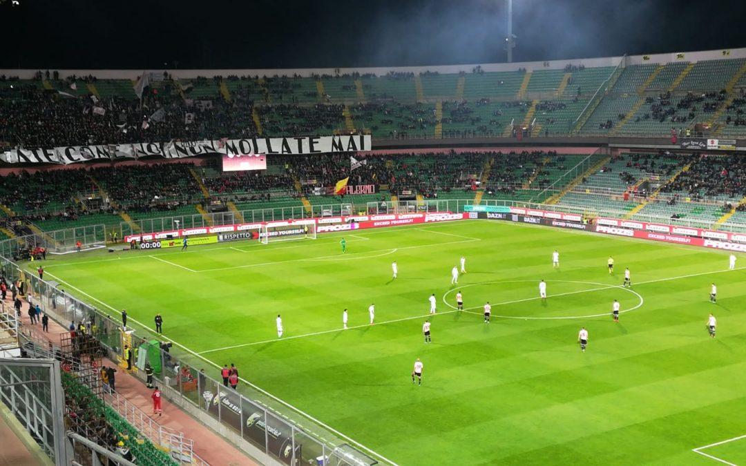 Palermo, 3 punti d'oro contro il Verona. Decisivi Moreo e Nestorovski, ancora un rosso per Bellusci.