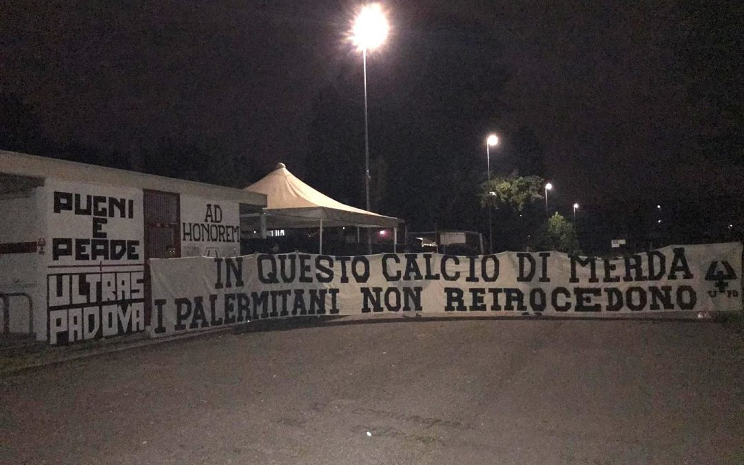 Striscione degli ultras Padova per Palermo e i palermitani [FOTO]