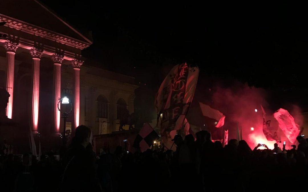 Manifestazione dei tifosi – Le prime foto LIVE
