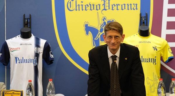 Il Chievo vende quattro giocatori e trova i soldi per iscriversi al campionato